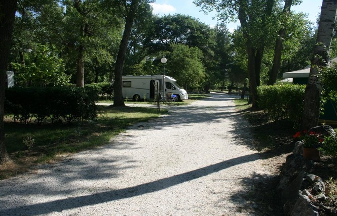 CAMPING LA TOUR DE FRANCE 6 - Latour-de-France